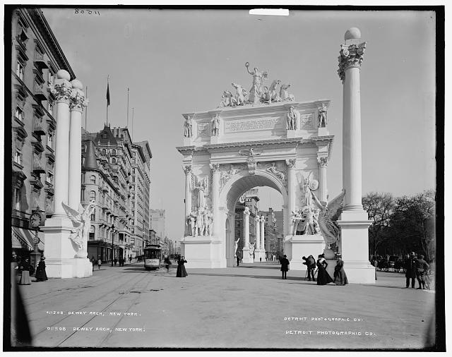 Dewey Arch, Madison Square, New York, 1900