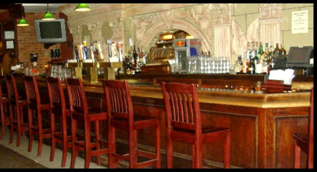 The bar at Dewy's Flatiron