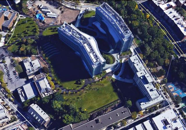 When you compare this recent aerial view of the CUNY southern campus with that of the former Manhattanville College of the Sacred Heart, you'll see that some of the buildings are the same, including the Convent Garden Apartments on West 130th Street (bottom right) and a few of the buildings on Convent Avenue (left).