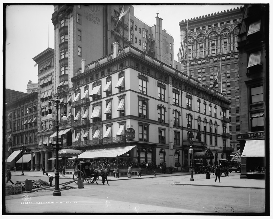 Here's another photograph of the Cafe Martin in 1908 -- but this time it has a new neighbor to the left: The Cross Building at 210 Fifth Avenue. The Lincoln Trust Building where Town Topics had presided is at the far left.