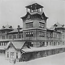 A new Erie Railroad terminal for its Pavonia Ferry opened in 1887. Besides the railroad and ferries, the complex was served by streetcars and the rapid transit Hudson and Manhattan Railroad (now PATH).