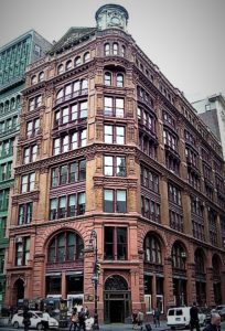 Today, 644 Broadway looks very much as it did in 1894, when Snooperkatz went missing from Christian Gudebrod's office.