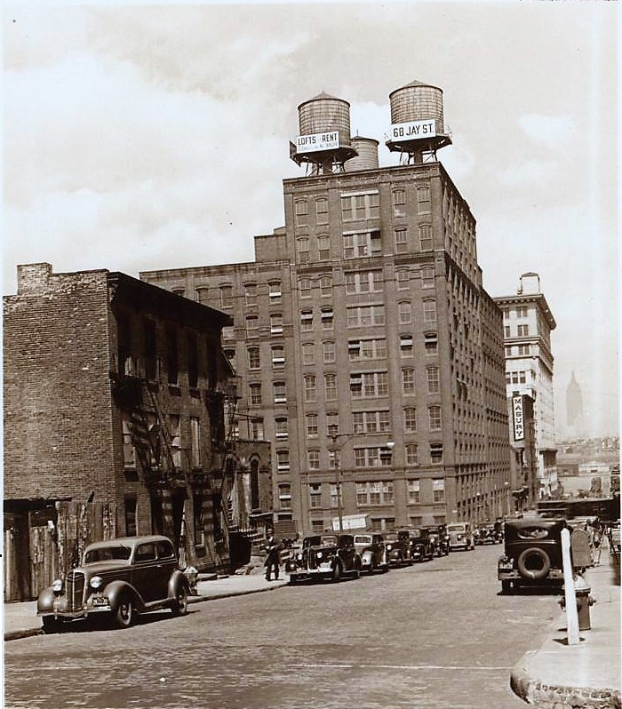 The old Grand Union Tea Company building in 1938, eight years after the Jones family sold the property.